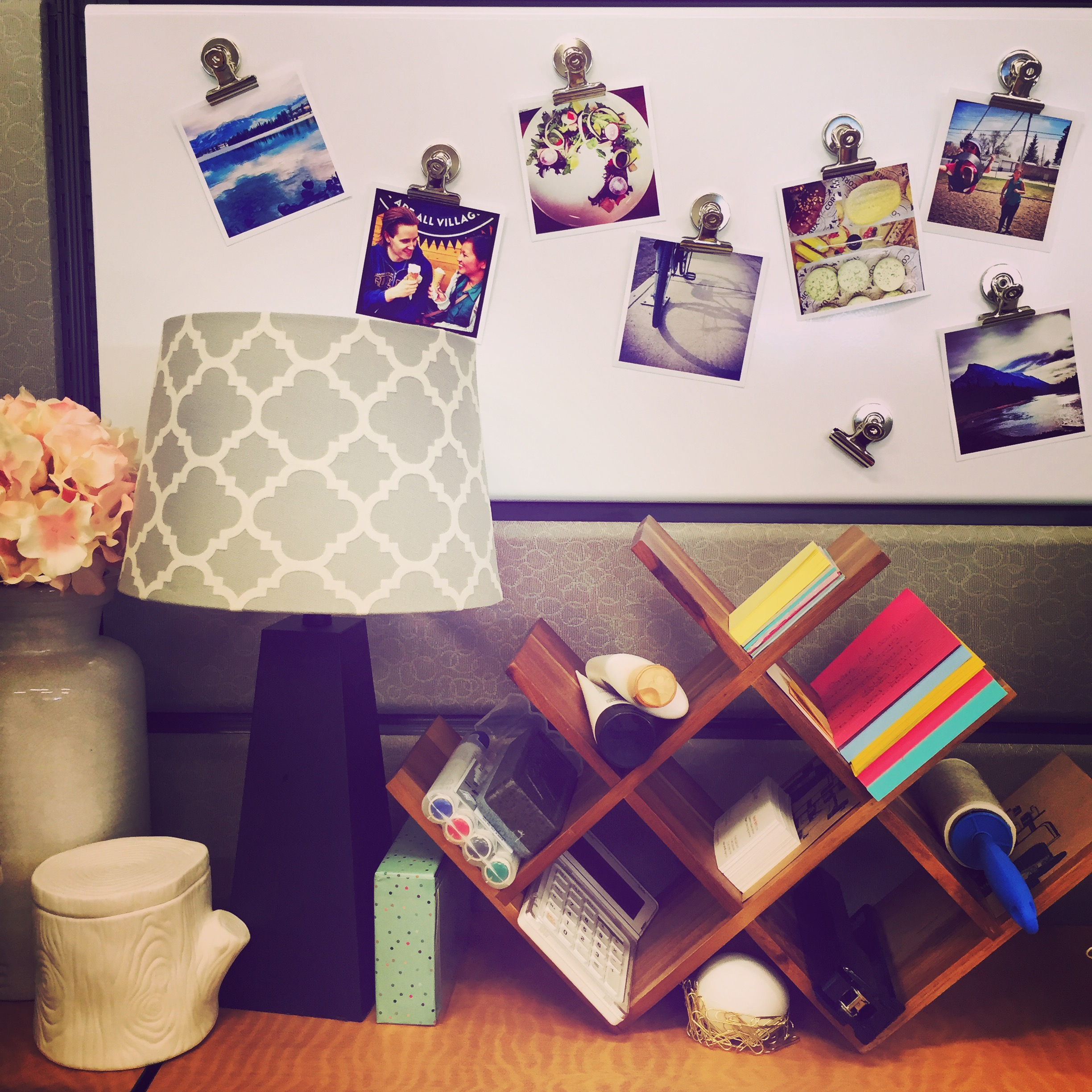 Tips For Redecorating Your Home Office: Cubicle Chic: Tips For Decorating Your Desk