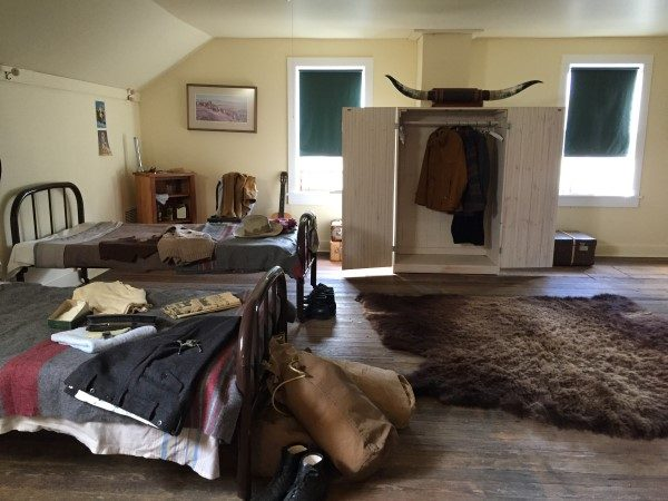 bar-u-ranch-bunk-house-custom