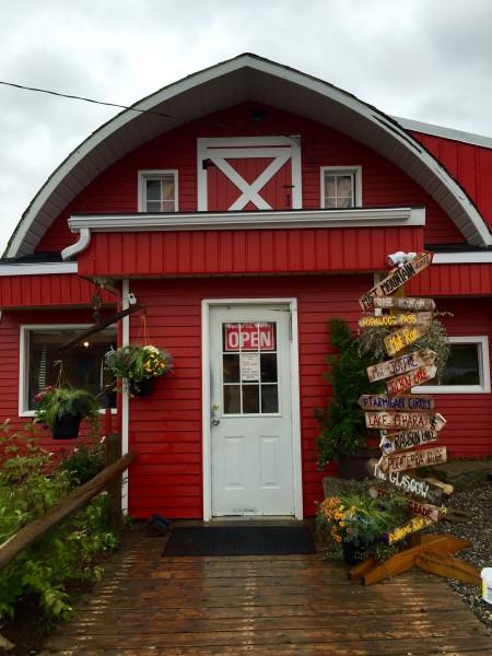 chuckwagon-cafe-barn-custom