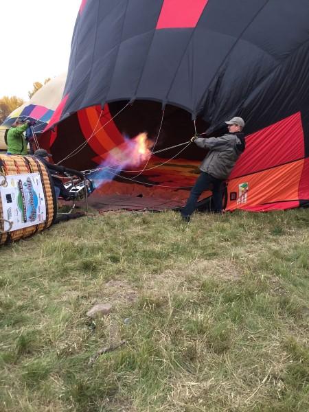 filling-up-hot-air-balloon