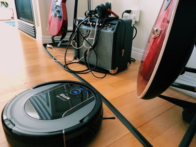 Boundary strips stop the Shark Ion robot vacuum