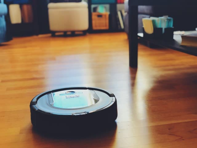 Shark Ion Robot vacuum cleaning system